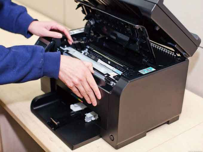 Repair-of-laser-printers-with-maintenance-9